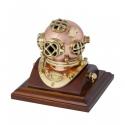 Dekorative Helm-Taucher